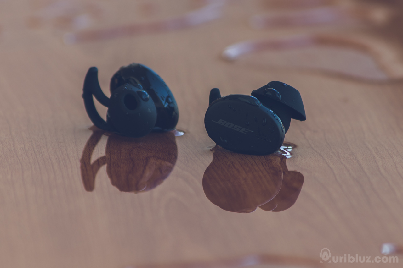 Resistentes al agua y sudor Bose Sport Earbuds