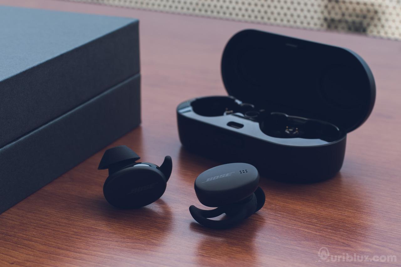 Auriculares con estuche Bose Sport Earbuds